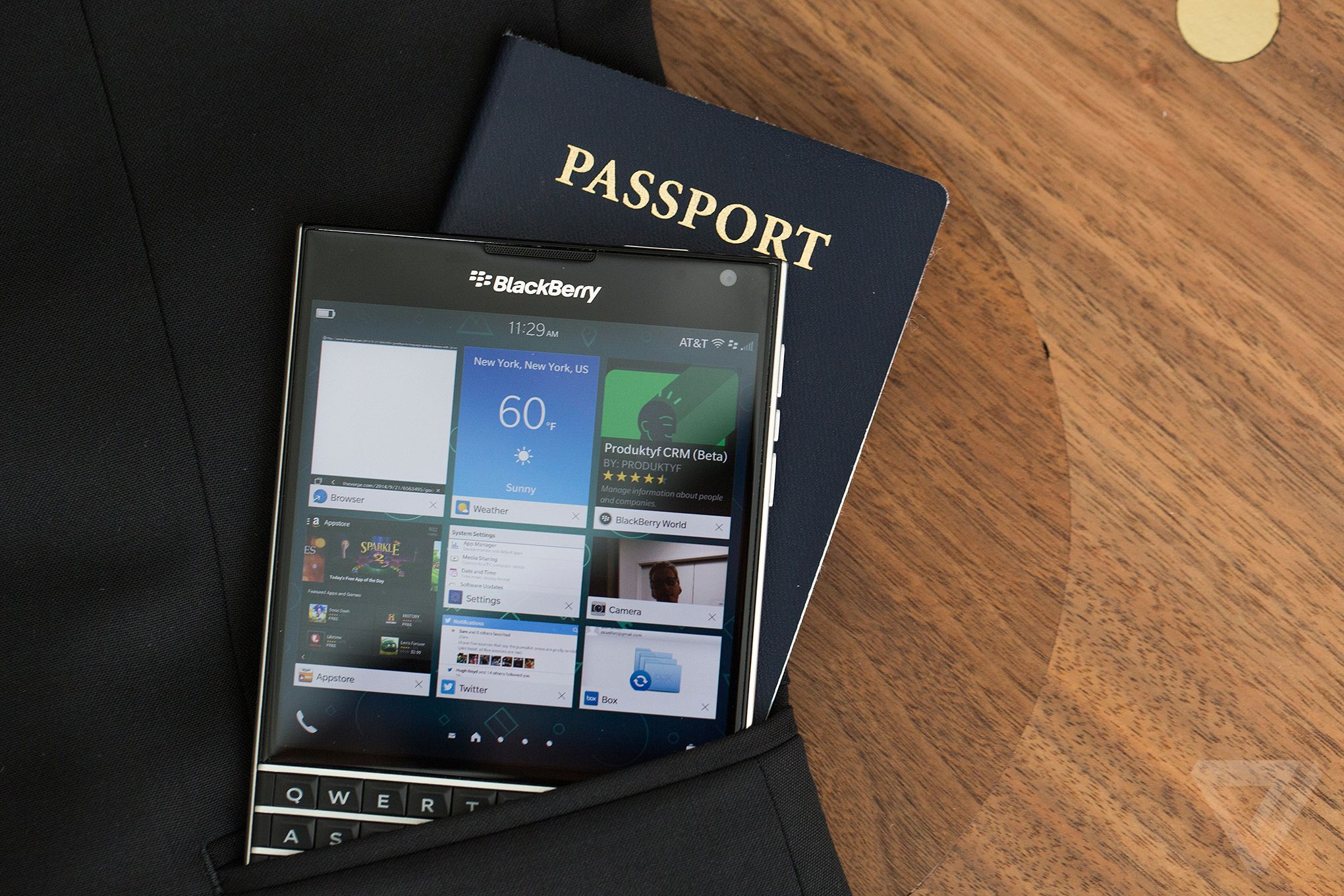 blackberry-passport-specifications