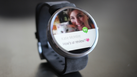 moto-360-review-interface