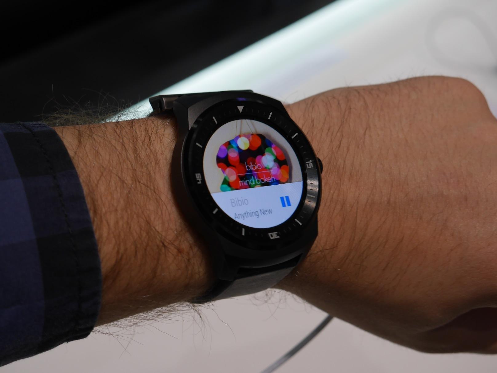LG-G-Watch-R-Andriod-Wear-notification