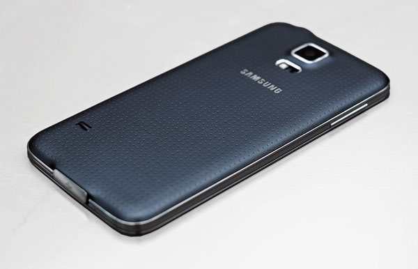Galaxy-S5-design