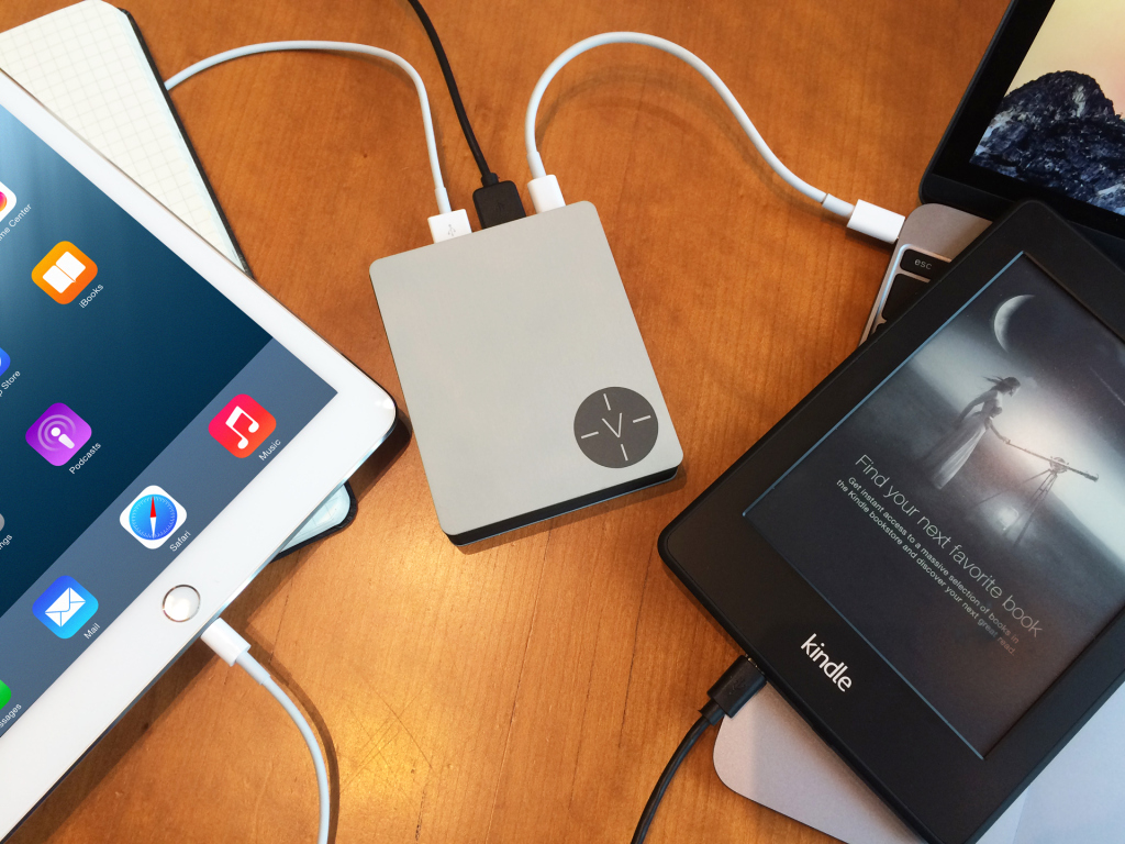 Voltus charging macbook ipad kindle