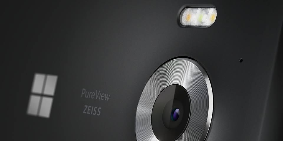 Microsoft Lumia 950 camera lens