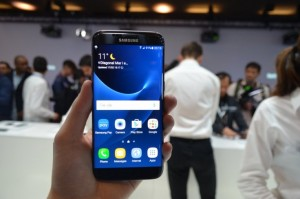 Samsung Galaxy S7 Edge Hands-On Review, Samsung Stuns Us All!