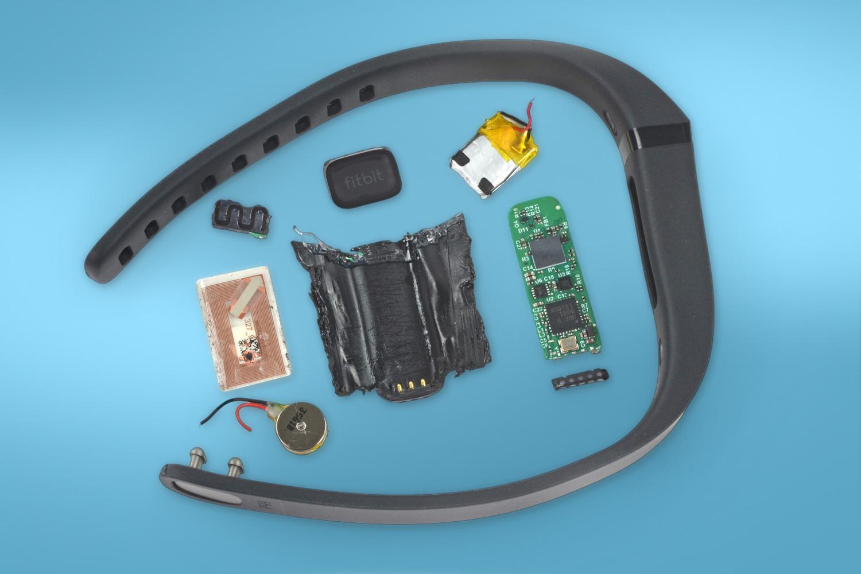 diifferent-sensors-inside-a-fitness-tracker